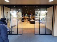 2 nouvelles réalisations sur Saint Cloud : 2 portes d'entrées automatiques