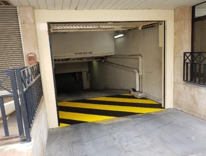 Porte  de garage (75) Paris